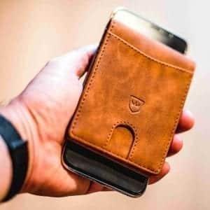 Kronenschein Geldtasche mit Mobiltelefon